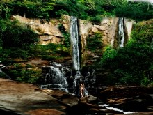 Gorgeous_Cliff_Falls